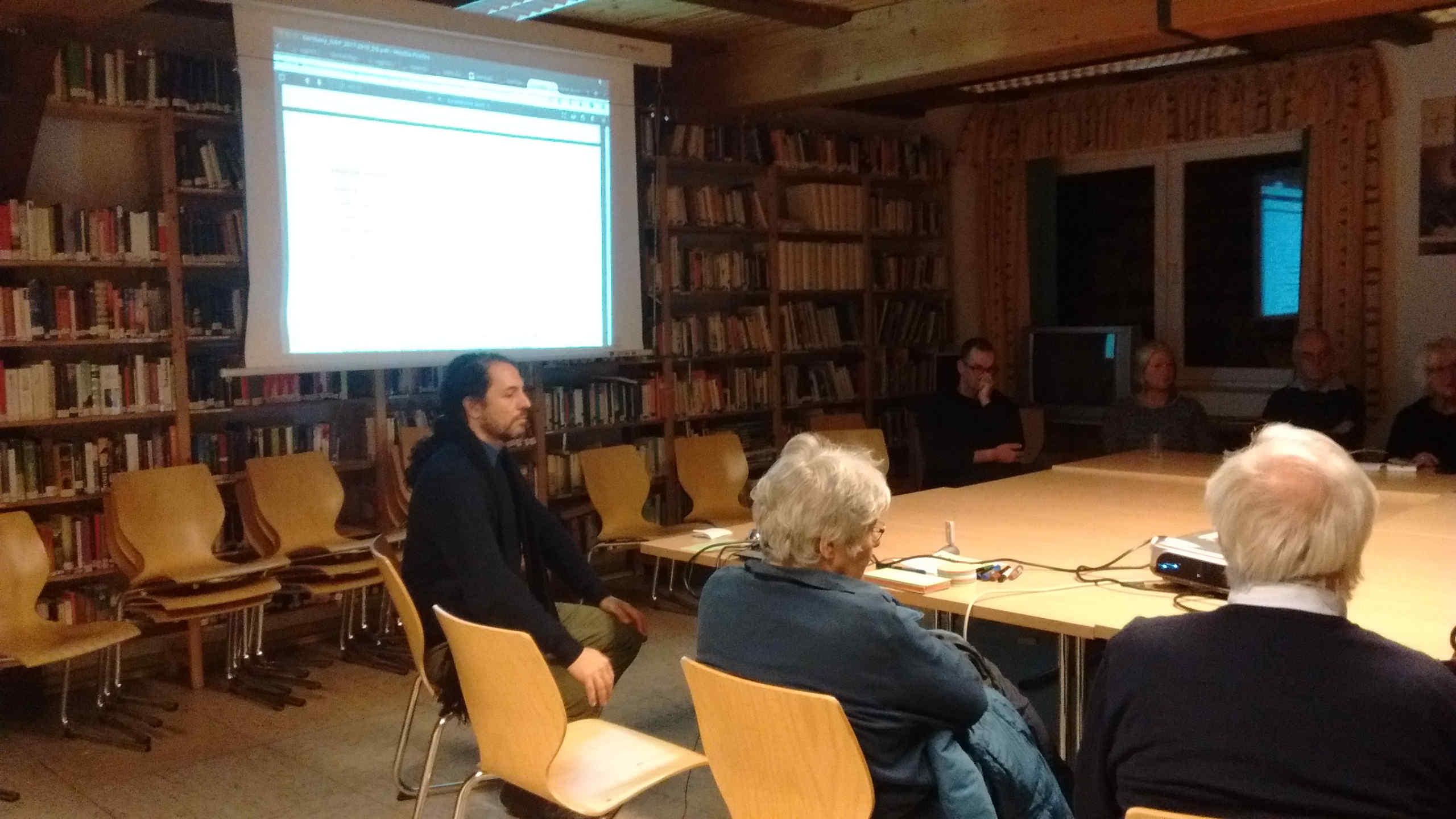 Jorge Machado explicando a OGP